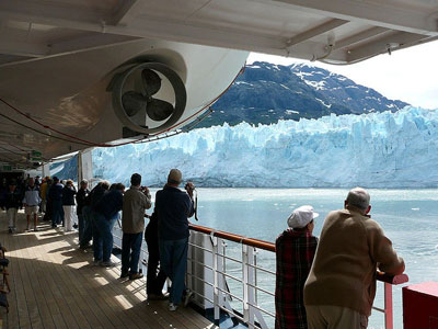 Cruise Glacier Bay National Park from Ship